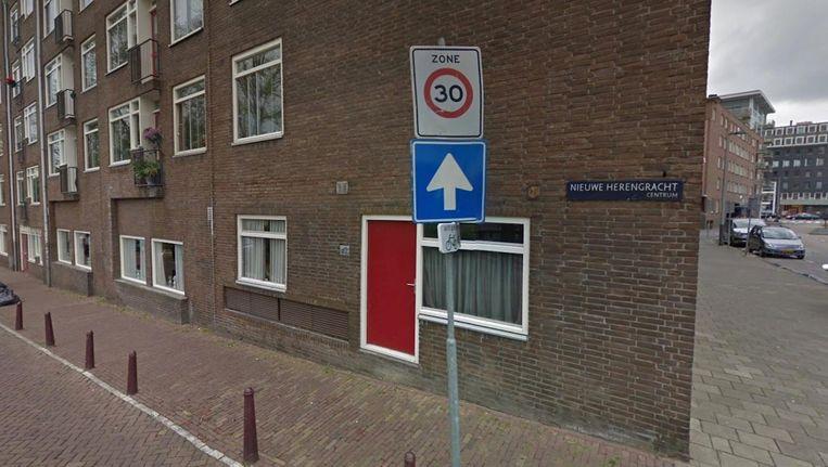De Nieuwe Herengracht werd alvast omgedoopt tot de Nieuwe Damesgracht. Beeld Google Streetview