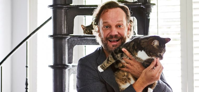 """Carlo Boszhard is chef kattenbak: """"Is het niet schoon, wippen ze een drol uit de bak"""""""