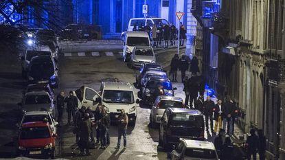 Politie pakt 16 verdachten op tijdens grootschalige antiterreuractie