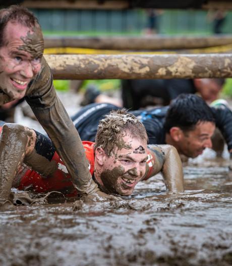 Extreem modderige editie van Mud Masters in Biddinghuizen