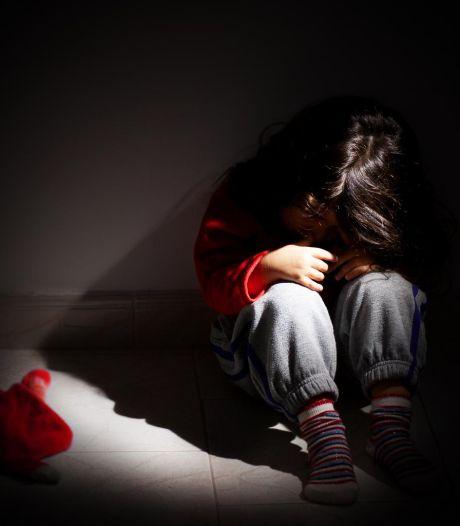 """""""#Brigadeanti2010"""": pourquoi les collégiens nés en 2010 sont victimes de harcèlement en France"""