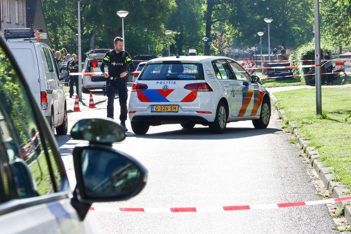 Volgens de PVV spelen de problemen onder meer in de zuidwijken. Daar was onlangs een schietincident op de Lintveldebrink.