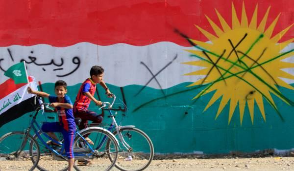 Door de zaken op de spits te drijven, snijden de Koerden zichzelf in de vingers