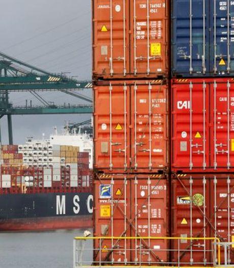 Minister Zuhal Demir belooft meer controle op plasticafval in Antwerpse haven