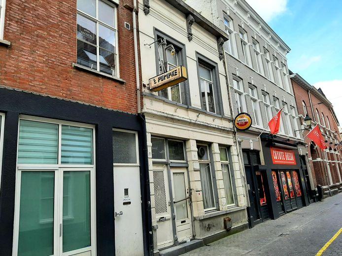 Het pand in de Visserstraat in Breda waar ooit cafe 't Pumpke was gevestigd.