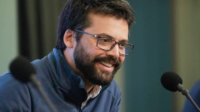"""""""België was gewoon niet voorbereid"""": microbioloog Emmanuel André legt vinger op de wonde"""
