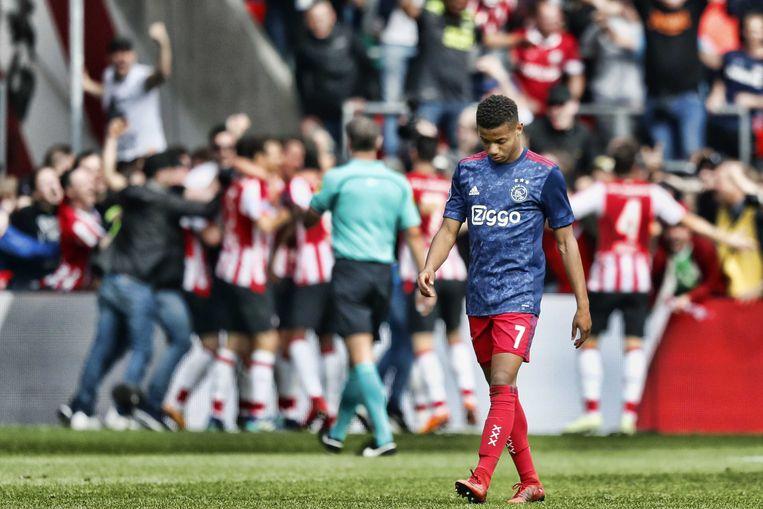 Psv Ontnam De Titelhoop Van Ajax Met Volwassen En Gepassioneerd Voetbal Trouw
