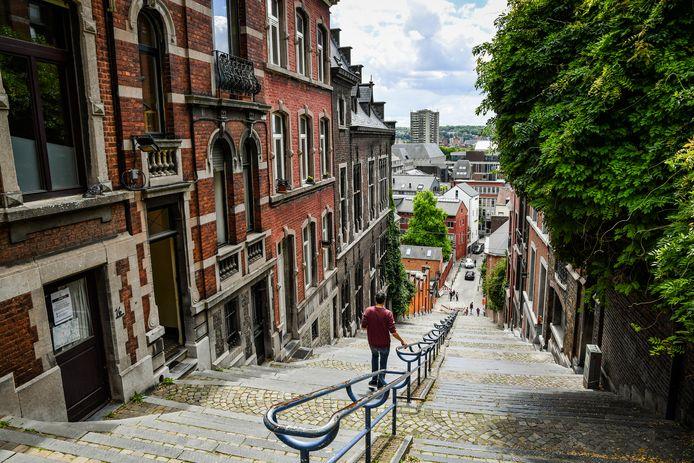 Les escaliers de Bueren attirent chaque année des milliers de touristes et de sportifs, causant des nuisances dans le quartier.