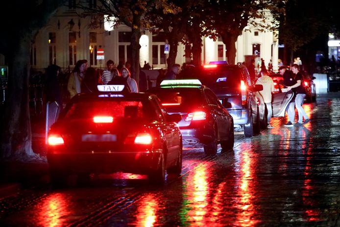 De taxi-standplaats aan de Nieuwe Prinsenkade in Breda.