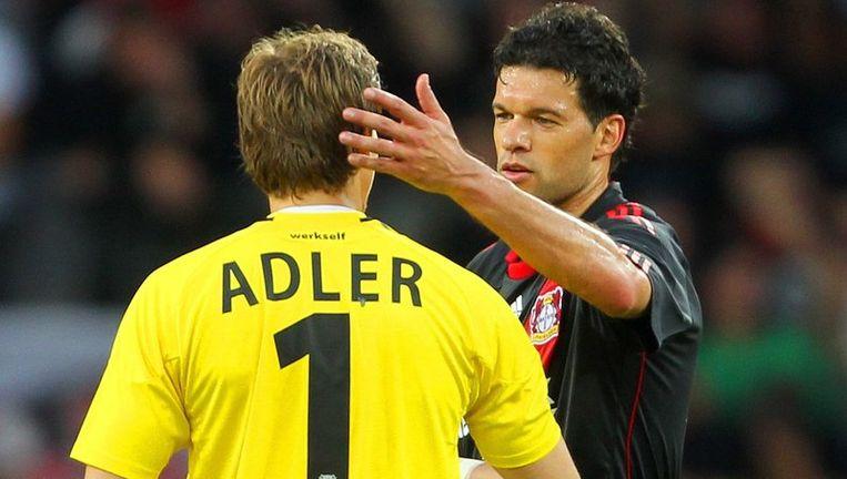 Ballack zit niet in de selectie van Duitsland, Adler daarentegen wél. Beeld UNKNOWN