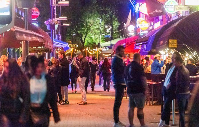 Het Stratumseind in Eindhoven. Volgens de initiatiefnemers moet er ook meer aandacht komen voor nachtleven op andere locaties in de stad