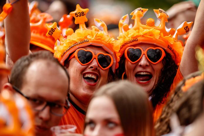2018-04-27 15:28:43 BREDA - Publiek tijdens 538Koningsdag, een groot oranjefeest op het Chasseveld. ANP KIPPA LEVIN DEN BOER