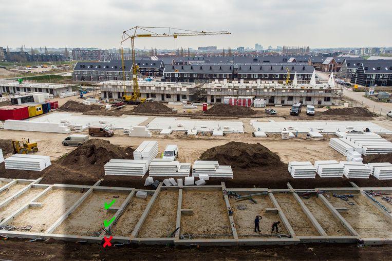 Overzicht van de bouw in de nieuwbouwwijk Stadshagen in Zwolle. In deze regio moeten versneld tienduizenden woningen gebouwd worden. Beeld Hollandse Hoogte