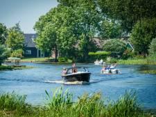 Honderden bootjes voeren afgelopen seizoen te hard over de Alblas