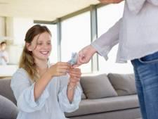 Jani vreest vakantieverveling dochter (13): 'Ik overweeg haar extra geld te geven'