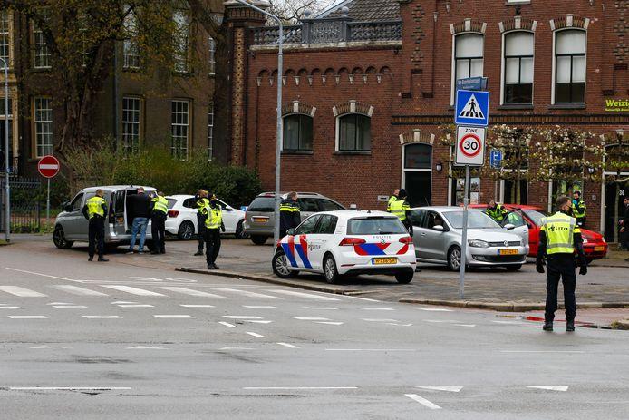 Fouilleeractie bij natuurcentrum Weizigt in Dordrecht.
