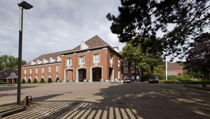De Prinses Julianakazerne in Den Haag is verkocht. Er komen woningen in het 'hogere segment'.