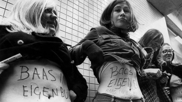 Vrouwen demonstreren in 1970 voor het recht op abortus en contraceptie. Beeld PHOTO_NEWS
