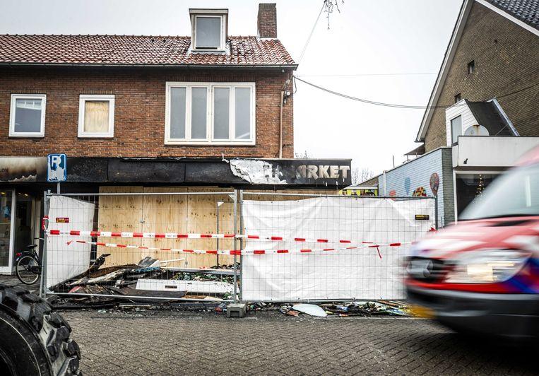 Ravage bij de Poolse supermarkt Biedronka  in Aalsmeer, een dag na een explosie en daaropvolgende brand.  Beeld ANP