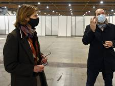 """Le centre du Heysel en attente de vaccins pour pouvoir ouvrir: """"Oui, je suis inquiète"""""""