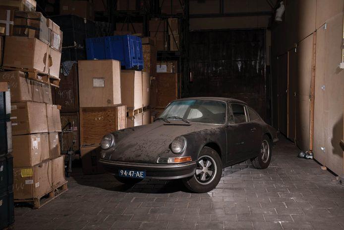 De Porsche van Prins Claus staat nog altijd op het originele Nederlandse kenteken