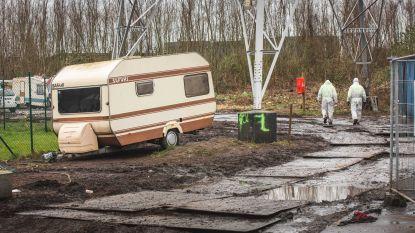 """Takelaar haalt woonwagens van Romazigeuners weg: """"Er kwamen scheldwoorden aan te pas"""""""