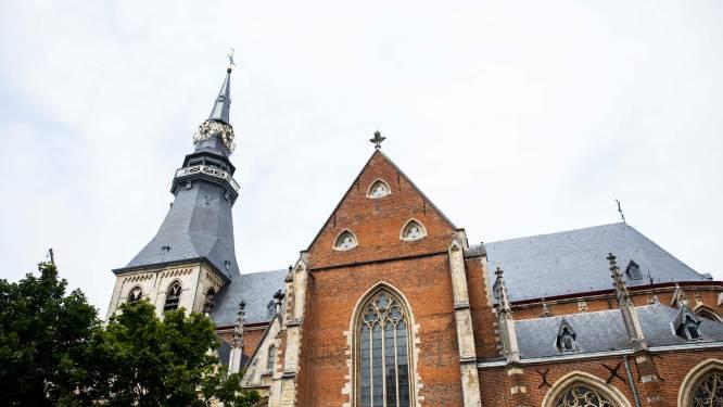 150.000 euro steun voor restauratie dak Sint-Quintinuskathedraal