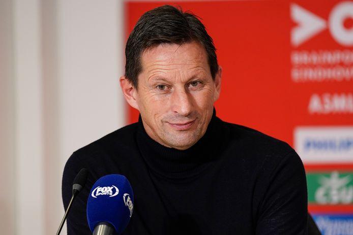 Roger Schmidt tijdens de persconferentie na PSV-Willem II van begin november.