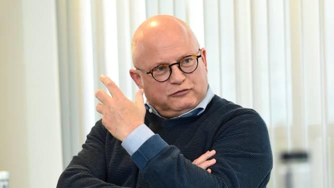 """Crucke favorable à l'obligation vaccinale à Bruxelles: """"À un moment donné, les masques doivent tomber"""""""
