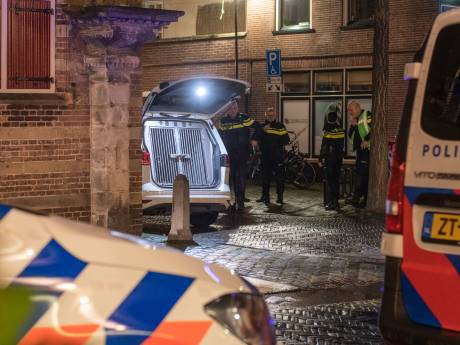 Door hooligans gesloopt café Onze Vrienden in Woerden morgen weer open