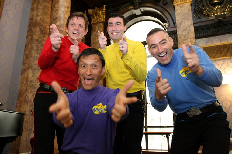 The Wiggles in 2006 met Murray Cook (Red Wiggle), Greg Page (Yellow Wiggle), Jeff Fatt (Purple Wiggle), and Anthony Field (Blue Wiggle).