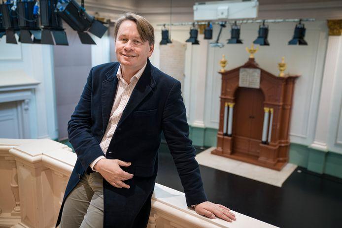 Ivan van Kalmthout wil meer respec t voor het lied. Foto Marc Bolsius