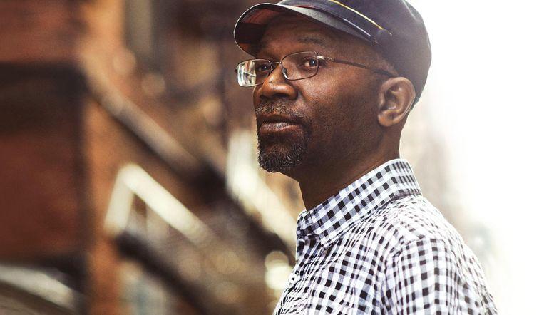 Reggae-artiest Beres Hammond treedt op in de Melkweg. Beeld Melkweg