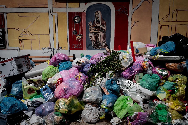 Burgemeester Raggi beloofde vijf jaar geleden een betere afvalverwerking in Rome. Daarvan kwam weinig terecht. Beeld Getty Images
