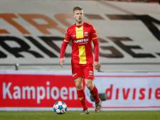 Profvoetballer Droste zoekt nieuwe club via sociale media: 'Stuur me een bericht voor cv en video's'