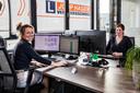 Sabine Hagen(links) en Mandy Harrewijn zijn erg druk met het inplannen van de vele lessen na drie maaden stilstand.