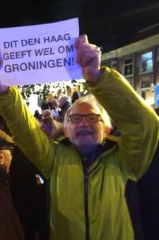 Fakkels uit solidariteit met de Groningers