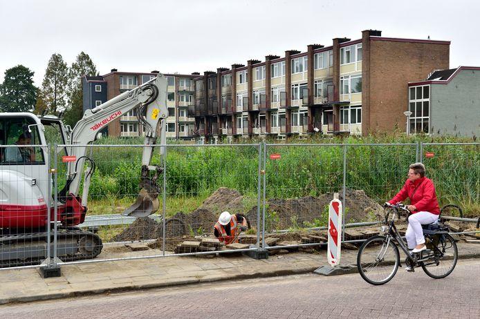 Door onder meer de sloop van drie portiekflats aan de Eendrachtsweg en Verzetslaan (60 woningen), nam de voorraad van zelfstandige woningen in Gouda af.