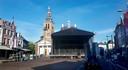 Opbouw podium voor feestweek Roosendaal 750 jaar op de Markt.