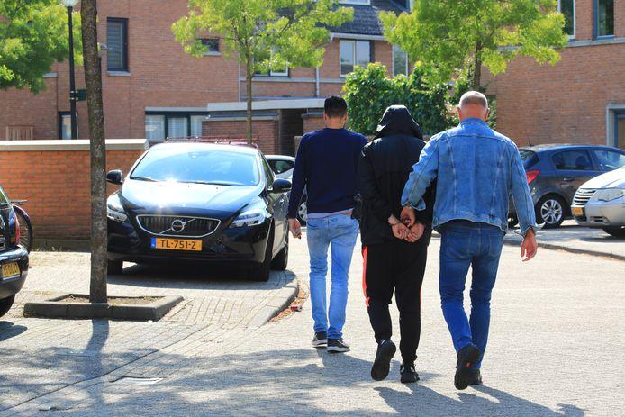 Arrestatie aan het Sikkelkruid.