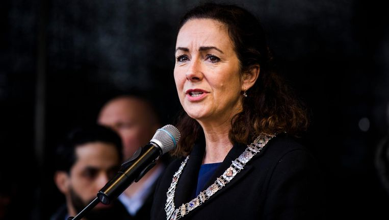 Burgemeester Femke Halsema tijdens een bijeenkomst op de Dam naar aanleiding van de aanslagen op twee moskeeën in Christchurch. Beeld Bart Maat/ANP