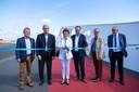 V.l.n.r.: Chris Danckaerts (Vlaamse Waterweg), schepen Claude Marinower, minister Lydia Peeters, schepen Koen Kennis en districtsburgemeesters Tjerk Sekeris (Deurne) en Luc Bungeneers (Merksem).