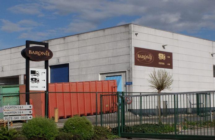 Infortunio mortale sul lavoro alla fabbrica di cioccolato Baronie a Veurne.  Un tirocinante di 18 anni è stato ucciso da folgorazione.
