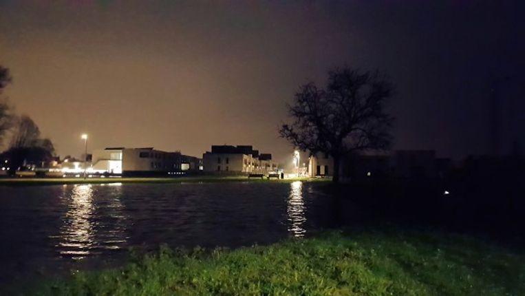 In Oudenburg trad de Stedebeek op bepaalde plaatsen buiten zijn oevers.
