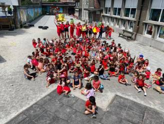 #REDCHALLENGE Leerlingen SBS Kinderkoppen vormen Carrasco's naam