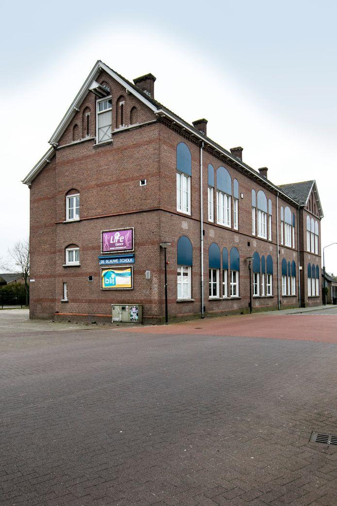 De Blauwe Scholk in Den Dungen wordt binnen vier tot negen maanden gesloopt.