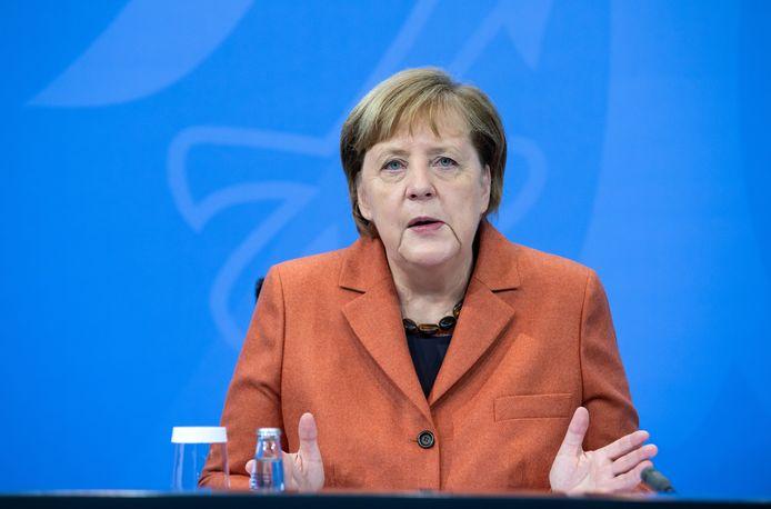 Bondskanselier Angela Merkel tijdens de persconferentie vanmiddag.