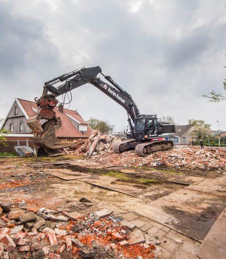 Oude Losserse boerderij maakt plaats voor vier nieuwe woningen