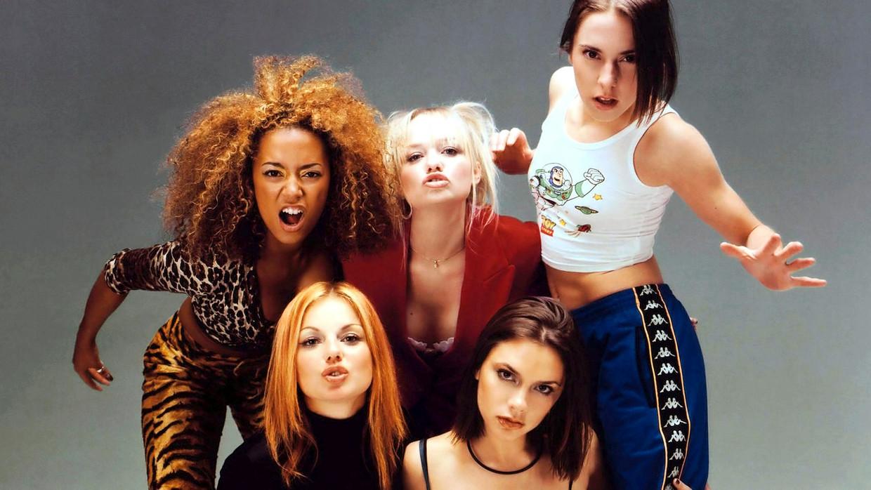 De Spice Girls in 1994: Mel B ('Scary Spice'), Emma Bunton ('Baby Spice'), Mel C ('Sporty Spice'), Geri Halliwell ('Ginger Spice') en Victoria Adams ('Posh Spice'). Beeld RV