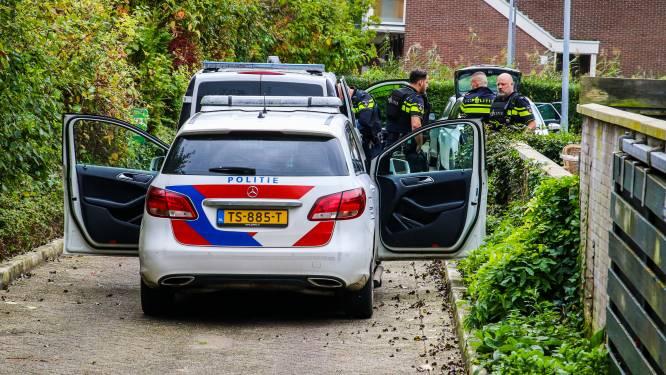 Mannen van de weg geplukt wegens opvallend rijgedrag: blijken drugs en alarmpistool te hebben